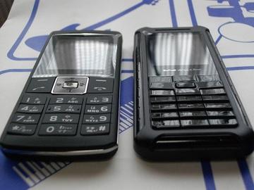 左:WX01UT・右:WX130S